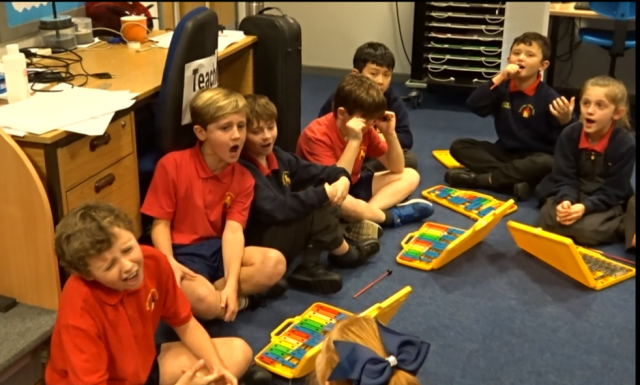 Singing and Glockenspiel combined!